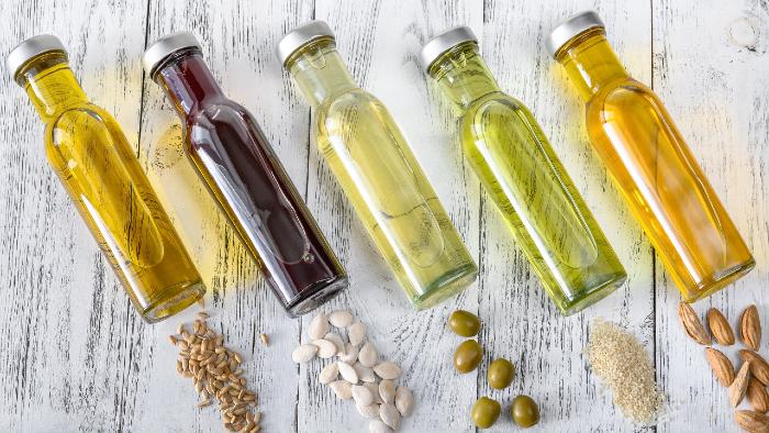 Hier findest du eine Auswahl an guten Öle & Fetten.